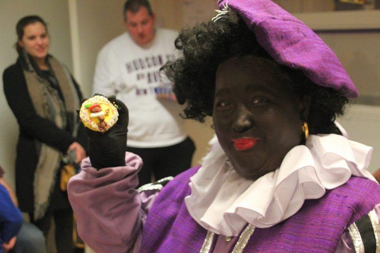Actie Cupcake voor kids met CJG : Geef een ander kind ook een sinterklaascadeau.