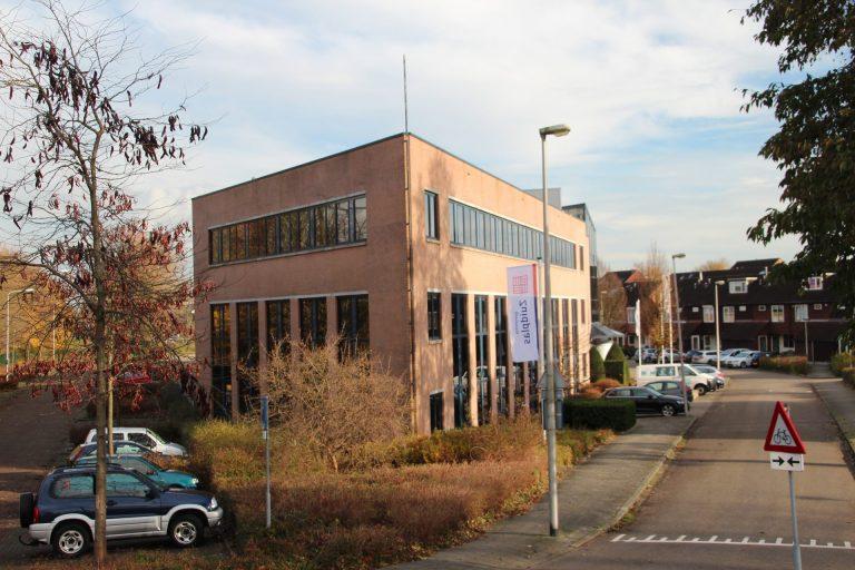 Tijdelijk gemeentehuis Saffier aan Kleinpolderlaan krijgt woonbestemming