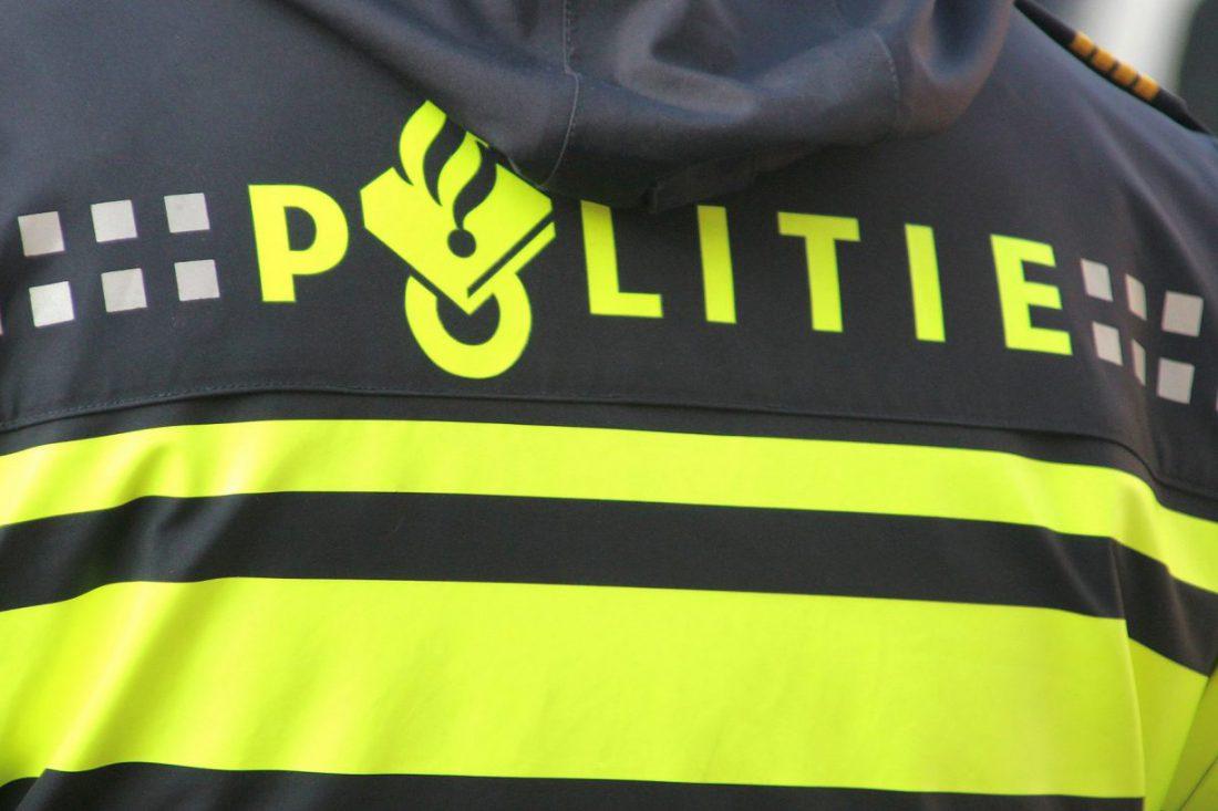 Politie logo op kleding