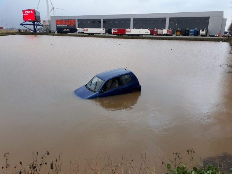 Auto te water Transportweg Waddinxveen