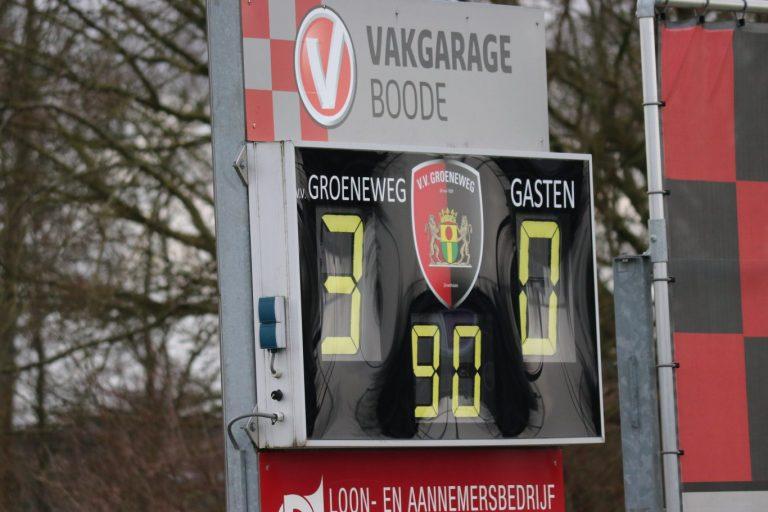 Zuidplas voetbalweekeinde : Groeneweg wint in strijd om kop (met fotoverslag)