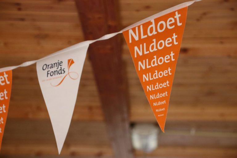 Vrijwilligers en politici erg actief op NL-DOET dagen (video)