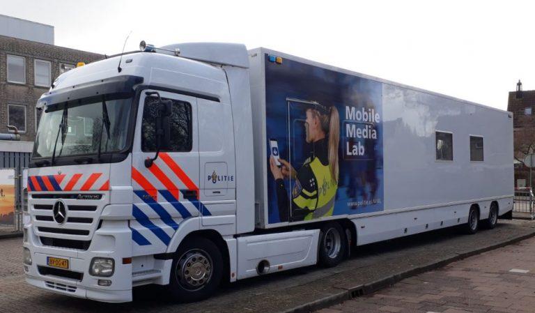 Ondermijning centraal bij Mobile Media Lab politie in Nieuwerkerk