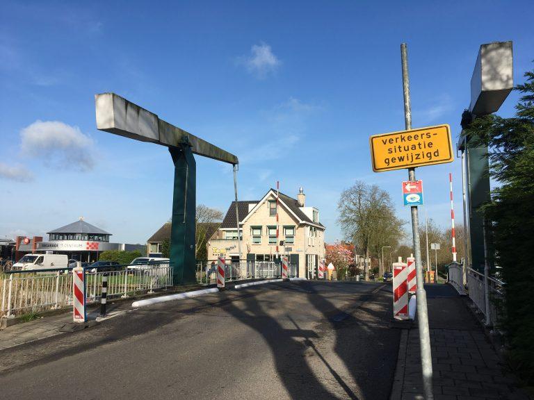 Nieuwe verkeerssituatie brug Middelweg / Kerklaan