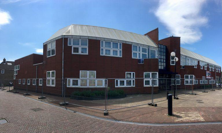 Gemeentehuis Zevenhuis klaar voor sloop