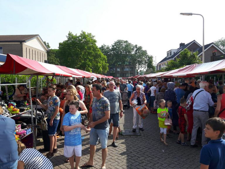 Weer tienduizenden euro's opbrengst Nieuwerkerkse Rommelmarkt