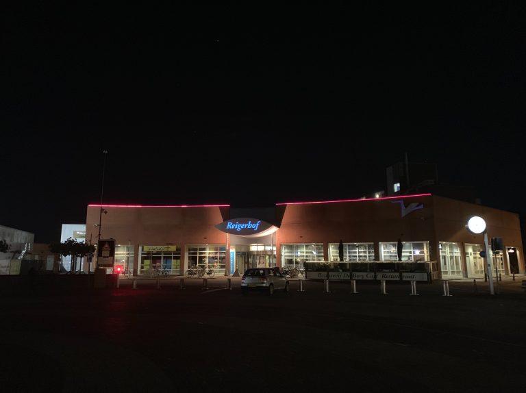 Reigerhof bij avond