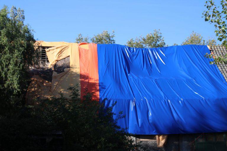 Geertruidahoeve staat verder te verpieteren door slechte dak afdekking