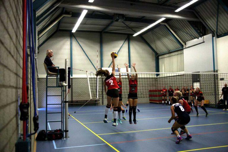 Zuidplas sportweekeinde : CKV en VV Nieuwerkerk lijden eerste Nederlaag, Zwarte banden bij Jungshin Kwan