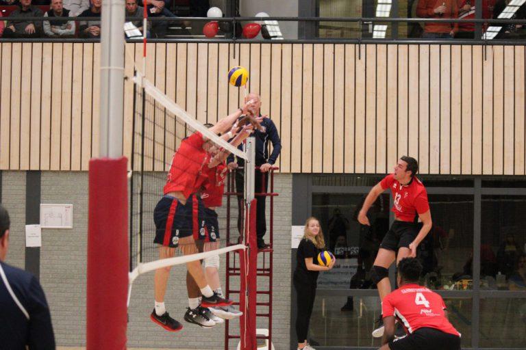 Volleybalderby der Lage Polders VCN-ZVH: spannend spektakelstuk