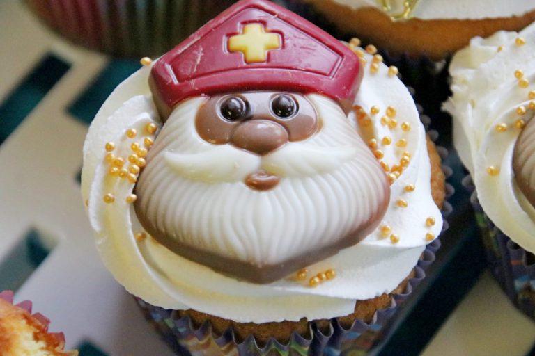 Cupcake voor kids en CJG bezorgen kinderen pracht sinterklaasfeest