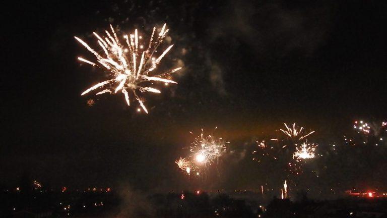 Filmpje van het vuurwerk boven Moordrecht