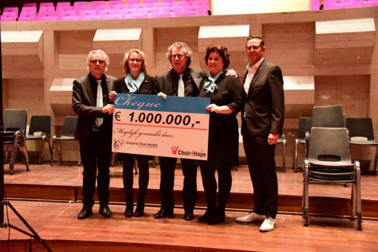 Koren zingen één miljoen bij elkaar voor kankerbestrijding