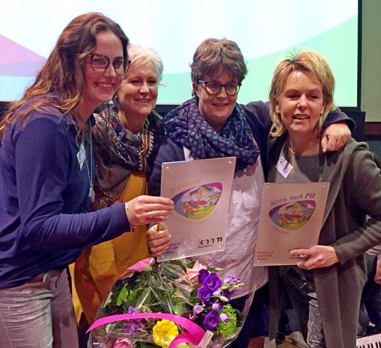 """Vrienden van de Hennipgaarde Winnaar """"Kern met Pit"""" Zuid-Holland"""