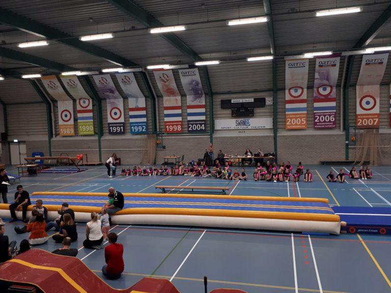 Zuidplas sportweekeinde : vv Nieuwerkerk wint ook moeilijke wedstrijd – ZVH naar koppositie – onderlinge wedstrijden OSS