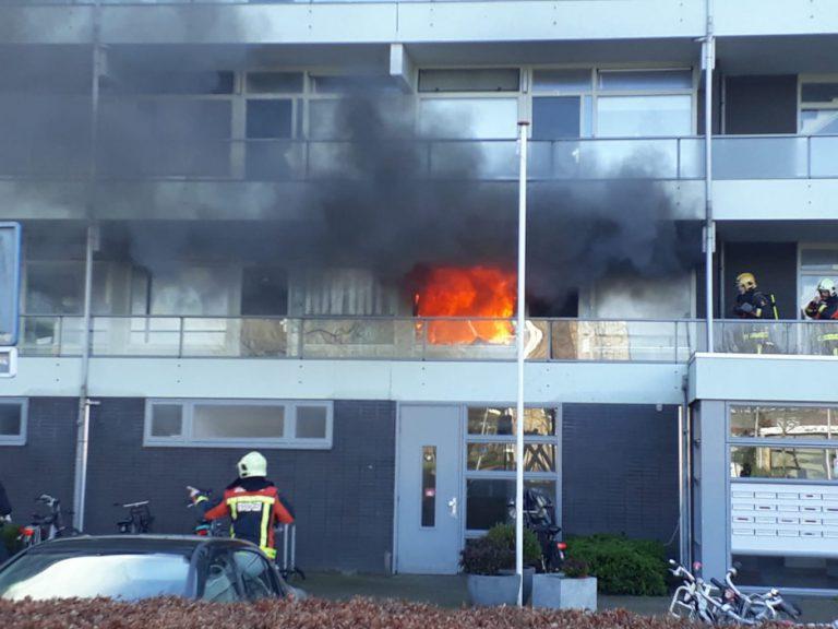 Uitslaande brand in flatwoning Meidoorn Nieuwerkerk
