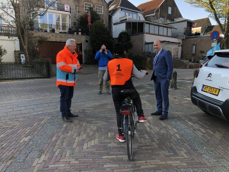 Alle 74 kandidaten in Moordrecht geslaagd voor praktisch verkeersexamen