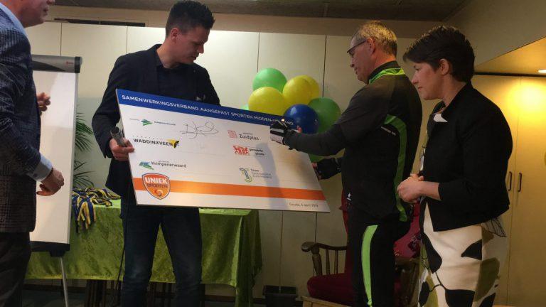 Wethouders sport ondertekenen Samenwerkingsovereenkomst Aangepast Sporten Midden-Holland
