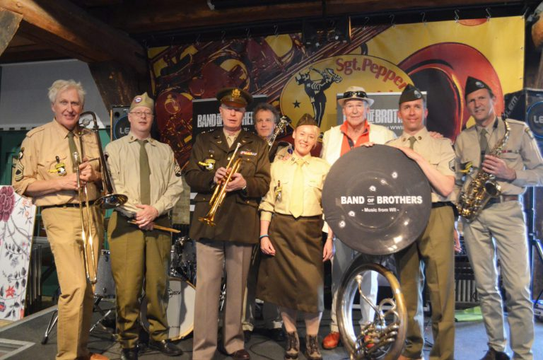 Peter Faber & Band of Brothers met muziek rond WWII in theater Swanla