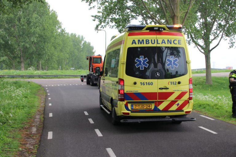 Vrouw gewond bij ongeval met elektrische fiets en graafmachine