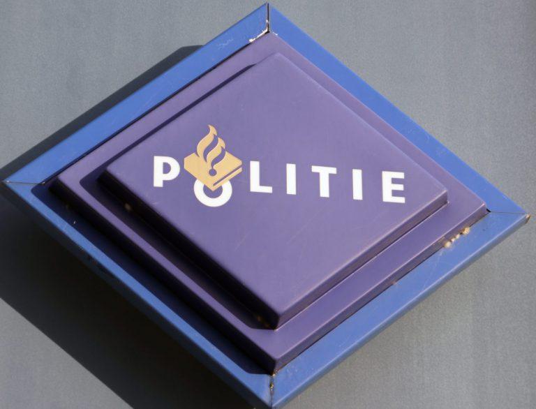 Politie sluit post gemeentehuis Nieuwerkerk en pop-up bureau's