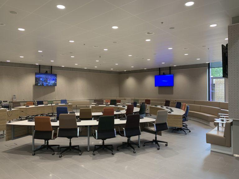 En de rest van nieuwe Raadszaal 😉