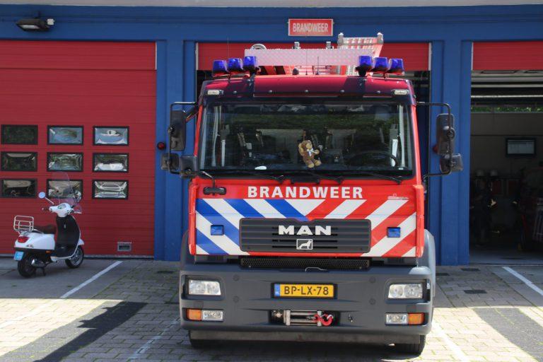 Brandweerauto's gaan voorlichting geven