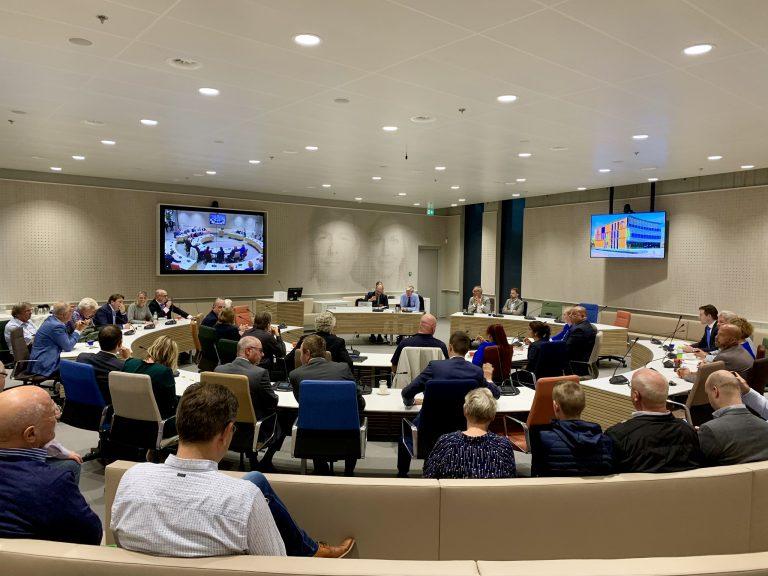 Eerste raadsvergadering in nieuwe raadzaal