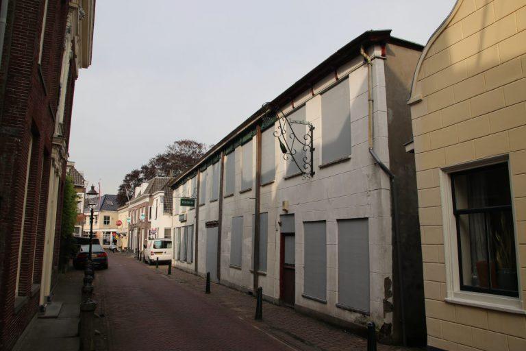 Dossier Posthuis Moordrecht lijkt een eeuwigdurende strijd te worden tussen gemeente en eigenaren