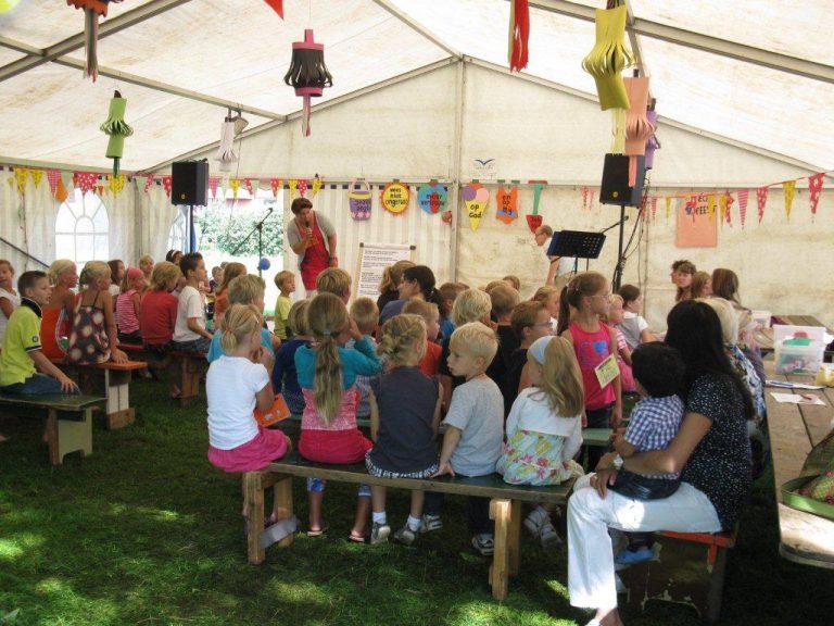 Ook dit jaar witte tent- en tienerweek in Nieuwerkerk
