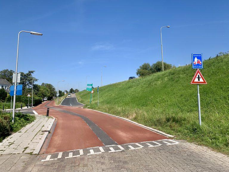 Stuk Oosteinde nu Fietsstraat