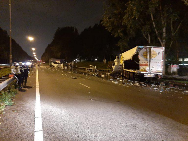 Ongeval met twee vrachtwagens op A20 bij Nieuwerkerk aan den IJssel