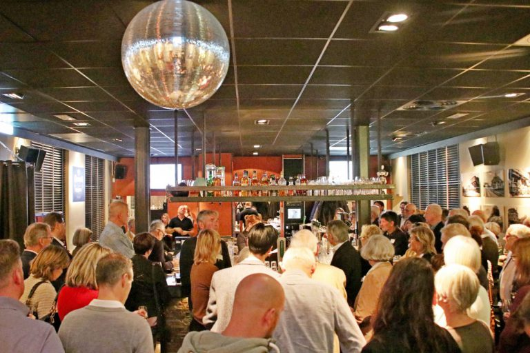 Belangenvereniging 's-Gravenweg viert 30-jarig jubileum