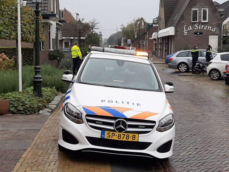 Bestuurder snorscooter naar ziekenhuis na ongeval in Nieuwerkerk