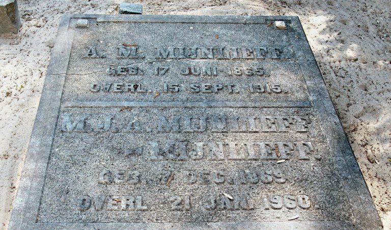Historische verenigingen wachten 7 jaar op lijst met beschermde grafstenen