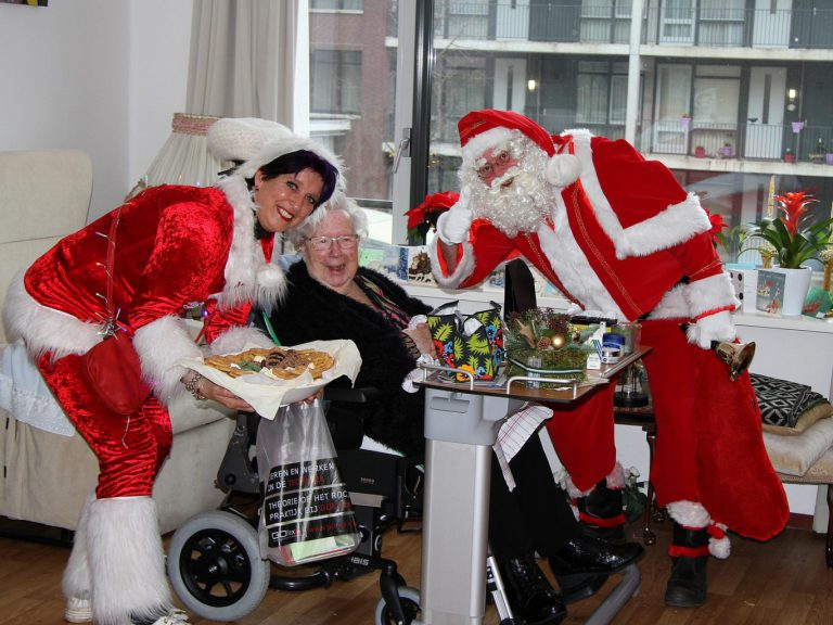 Kerstvisite voor bewoners zorgafdelingen de Meander