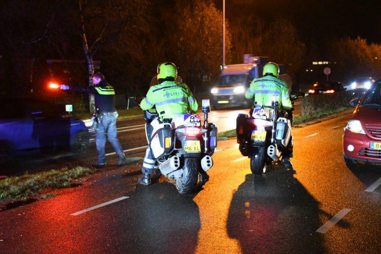 Wandelaar door auto geschept op 1e Tochtweg in Nieuwerkerk