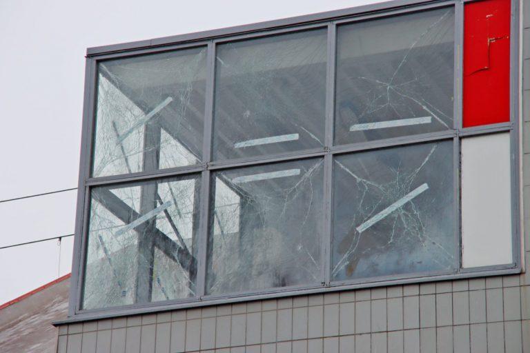 ProRail : enkele duizenden euro schade aan station