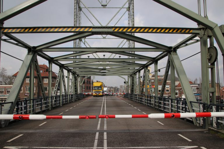 Onderhoud aan hefbrug in Waddinxveen en N207 tussen Gouda en Waddinxveen