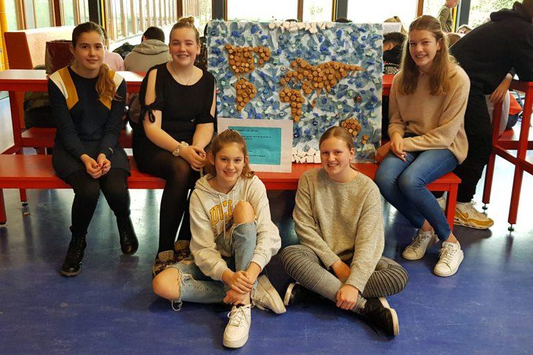 Leerlingen Comenius Nieuwerkerk ervaren waarde van afval