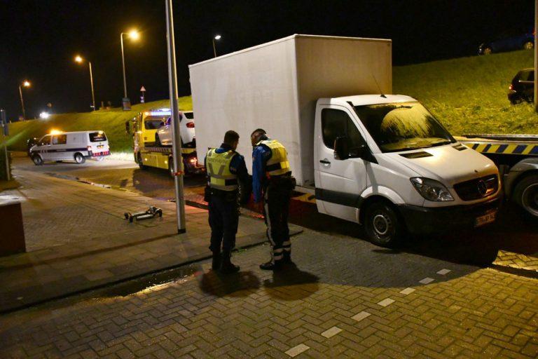 Overlast gevende vrachtwagen verwijderd uit dorpskern van Moordrecht