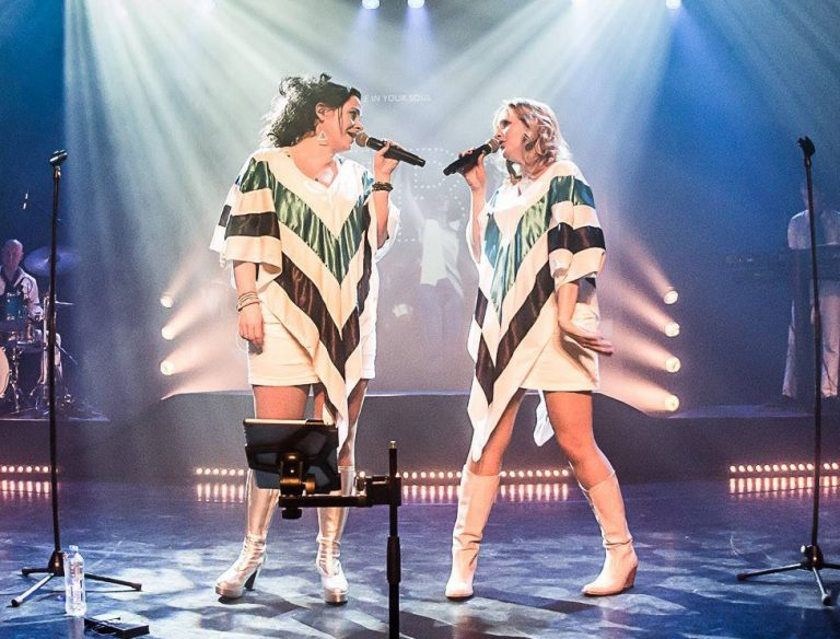 ABBA Experience met A Tribute To ABBA in Swanla