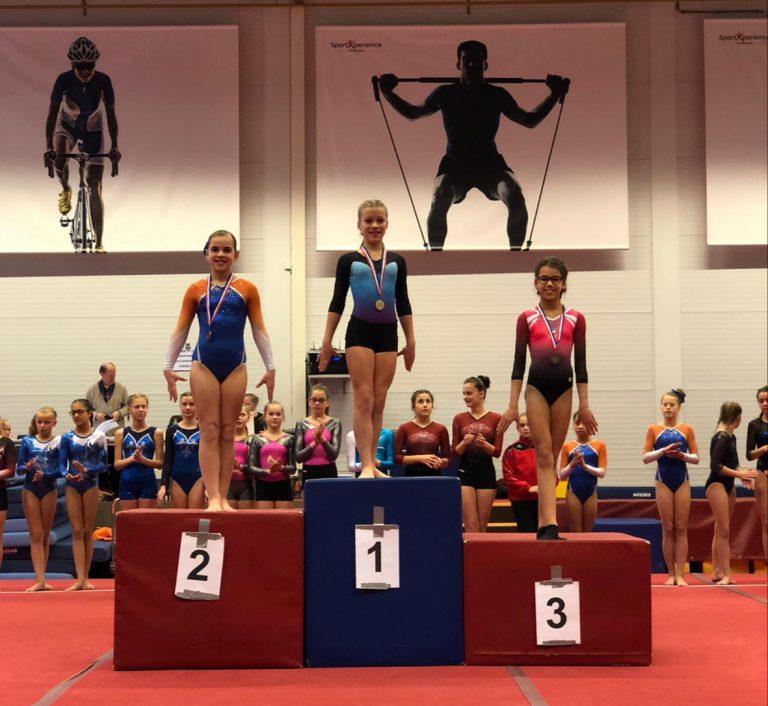 Danique van Dijk behaalt zilver op Districtswedstrijd