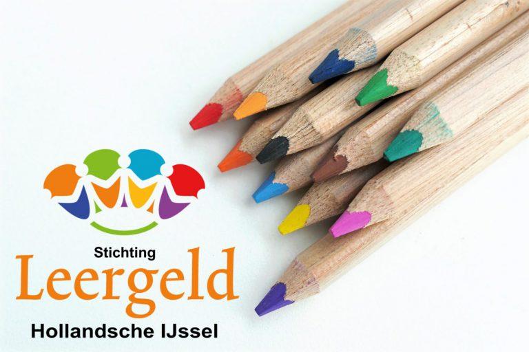 Stichting Leergeld blij met gift van Rabobank