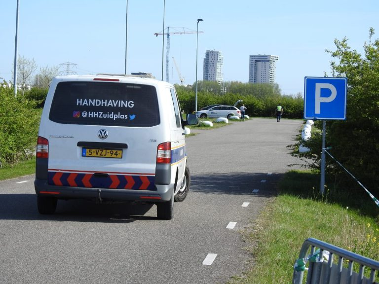 Zuidplas heeft handen vol aan handhaving afgesloten parkeerplaatsen