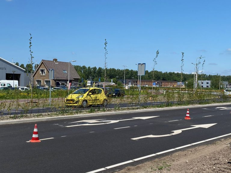Verkeer uit Capelle richting Nesselande moet op rotonde weer tegen de klok in rijden
