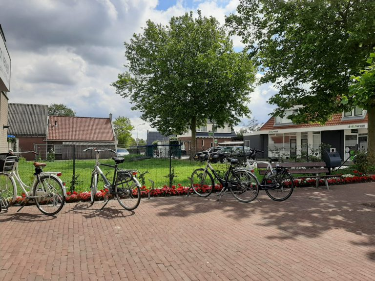 ChristenUnie/SGP: bouw starterswoningen kruispunt Moerkapelse zijde/Dorpsstraat
