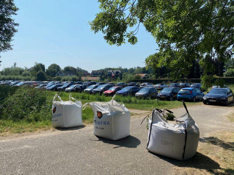 Parkeerverbod Zevenhuizerplas massaal genegeerd: meer dan 100 bekeuringen voor foutparkeerders