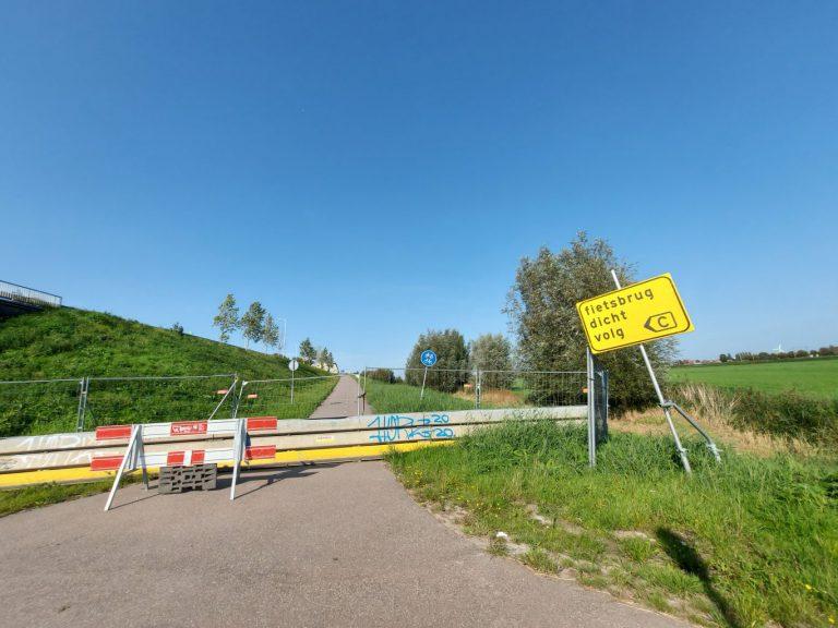 Rijkswaterstaat hoopt fietsbrug A20 bij Gouwe Park einde van jaar weer te openen