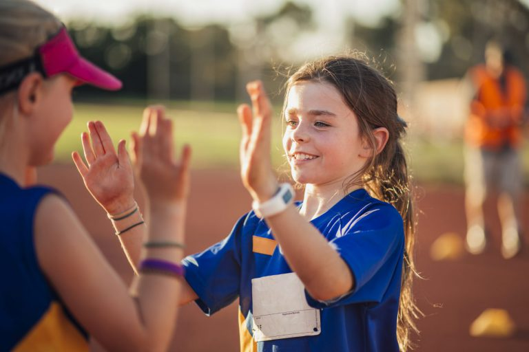 """""""Ieder kind moet mee kunnen doen aan sport en cultuur """""""